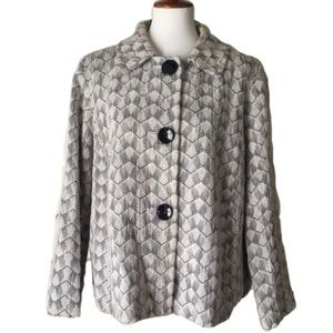 *NEW ITEM* JM Collection Gray & White Jacket